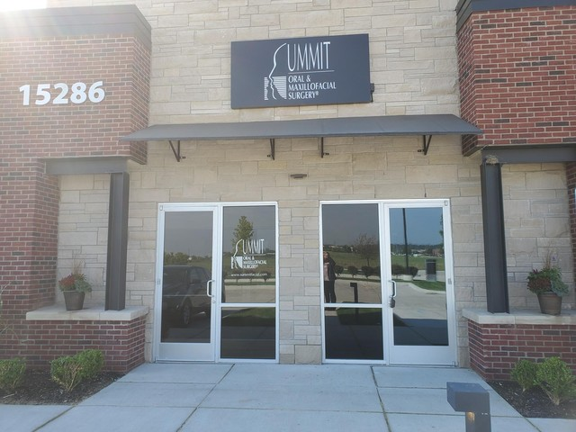 Summit Oral and Maxillofacial Surgery: Clinton Township